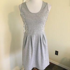 Gap Heathered Gray Dress w/ Chevron Stripe M